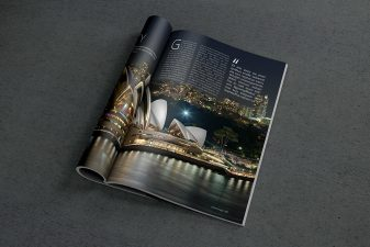 Magazine PSD Mockup 2